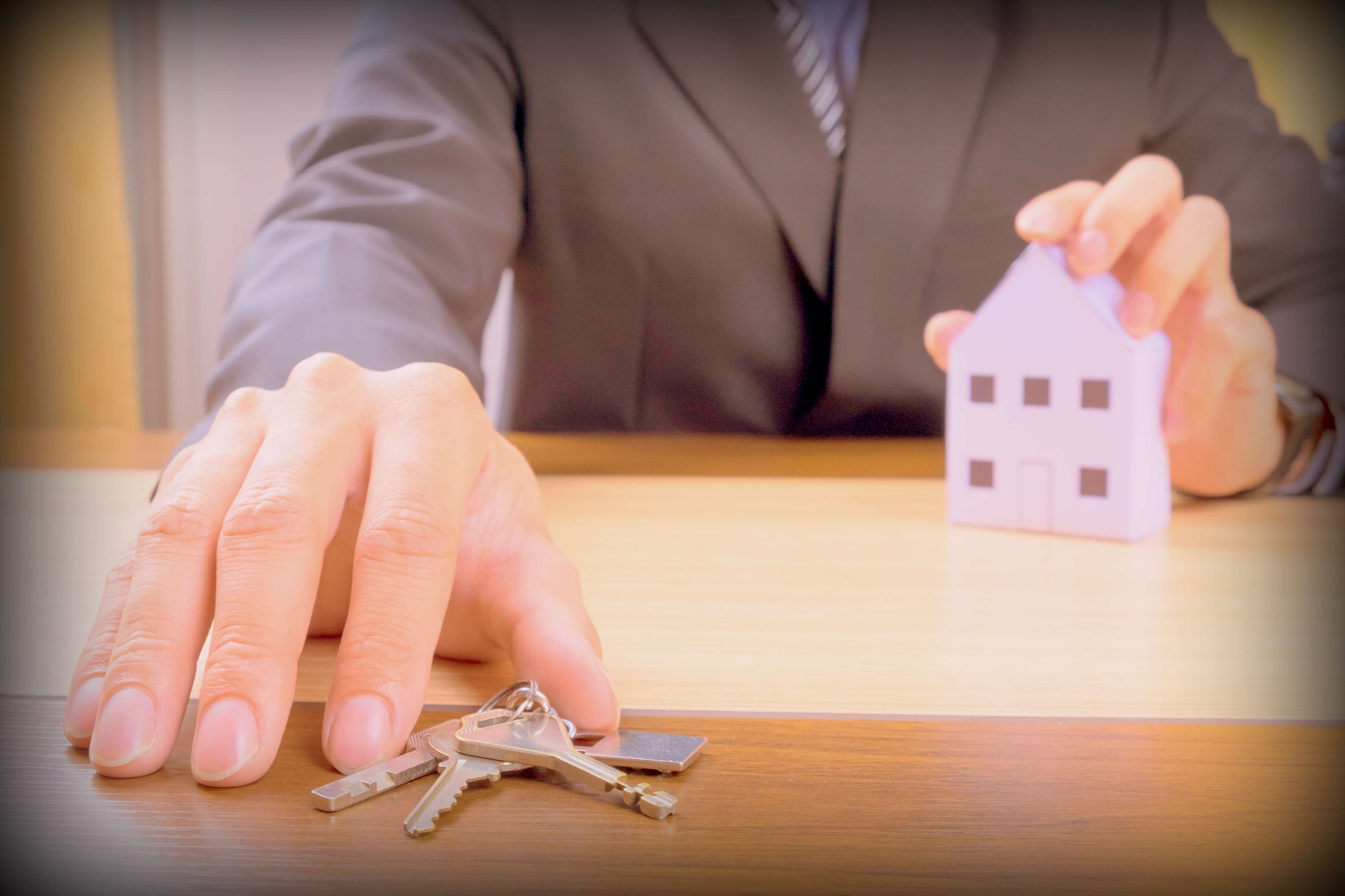"""The Landlord Tales – The """"Ideal Tenant"""" Dilemma"""