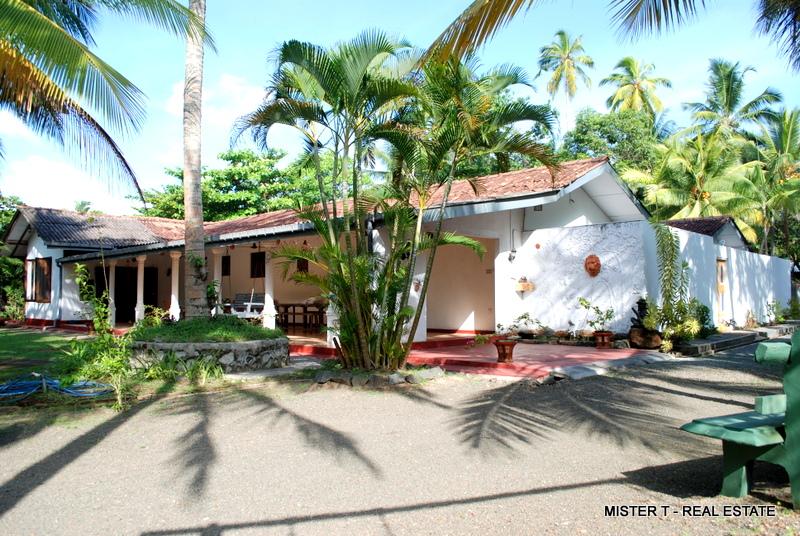 4 Bedroom Bungalow for Sale – Induruwa